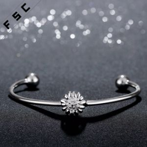 Hot Sale high Quality Silver Plated Chrysanthemum Bracelet for Girl pictures & photos