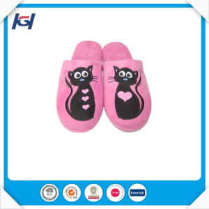 Yangzhou Supplier Latest Design Custom Made Slippers for Lady pictures & photos