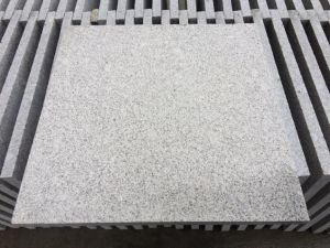 G603 Light Grey Granite Bushhammered Tiles for Flooring pictures & photos