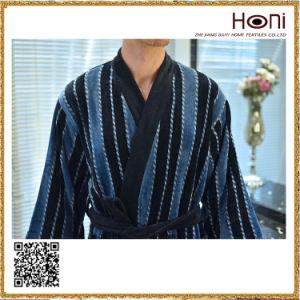 D-013 Top Quality 100% Cotton Men Bathrobe pictures & photos