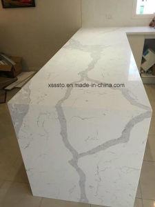 White Calacatta Artificial Quartz Countertop for Kitchen Design pictures & photos