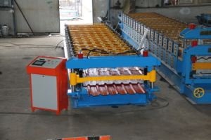 Roof and Wall Color Steel Roll Forming Machine pictures & photos