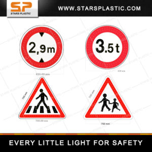 Integrated Aluminum Road Safety Solar LED Traffic Sign pictures & photos