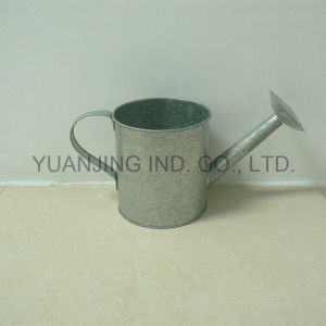High Quality Old Zinc Watering Can in Ancient for Gardening