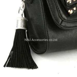 Fashion Casual Black PU Leather Tassels Women Keychain Bag Pendant Alloy Car Key Chain Ring Holder Retro Jewelry pictures & photos