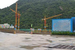 Qtz80 (TC5014) Maximum Height 210m 6t Hydraulic Crane pictures & photos