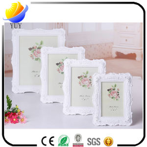 The Fashion European-Style Photo Frame and Embossed Photo Frame pictures & photos
