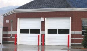 Strong Automatic Remote Controlled Overhead Sectional Garage Door Insulation pictures & photos