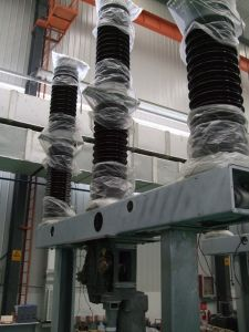 High Voltage Circuit Breaker for Transformer pictures & photos