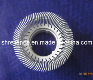 Aluminum/Aluminium Alloy 6060 Extruded Heat Sinks pictures & photos