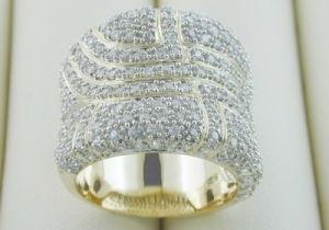 10k Yellow Gold Ring With Diamond (LRG1239)