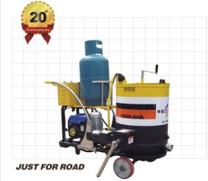 Asphalt Road Crack Filling Joint Sealing Machine pictures & photos