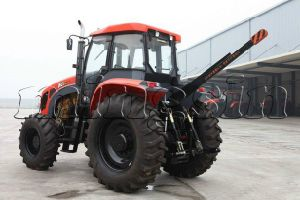 130HP Four Wheel Best Agriculture Tractor (KT-1304) pictures & photos