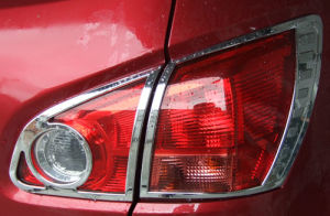 Nissan Accessories: Tail Light Cover for Qashqai
