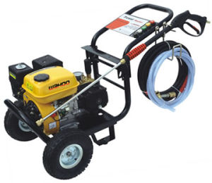 2700psi Gas-Powered High-Pressure Washers (WHPW2700) pictures & photos