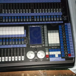 2010 Pearl Preofessional Stage Lighting Console Controller (LY-8001C) pictures & photos