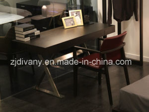 Italian Modern Home Furniture Wood Writing Desk (SD-23) pictures & photos