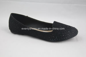 Black Beauty Lady Flat Shoes with Rhinestone pictures & photos