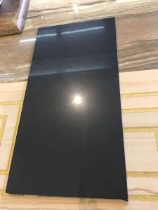 Super Black 5.5mm Thickness Thin/ Lamina Tile pictures & photos