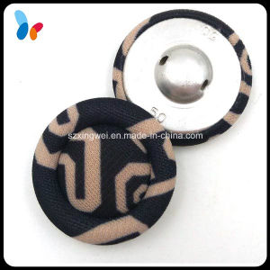 Custom Made 50L Fancy Covered Clothing Button pictures & photos