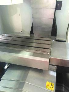 Economical Type Automatic CNC Vertical Milling Machine (XH7125) pictures & photos