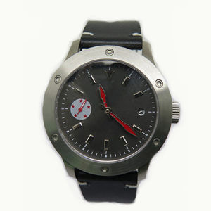 Fashion Stainless Steel Mechanical Watch with Screwed Bezel & Second Disk pictures & photos