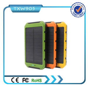 Factory Price New Arrival Solar Power Bank Charger Slim Solar Power Bank 10000mAh pictures & photos