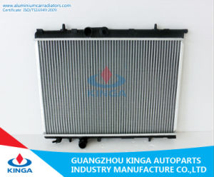 Aluminum Auto Radiator for Peugeot 206 China Supplier Mt pictures & photos