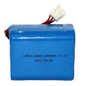 18650 11.1V 4400mAh Rechargeable Lithium-Ion Battery Packs pictures & photos