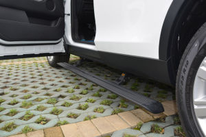 Power Side Step for Land Rover-Discovery pictures & photos