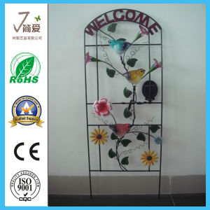 Iron Casting Metal Solar Light for Garden Decoration pictures & photos