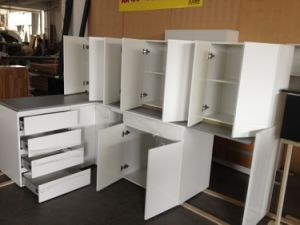China Kitchen Cabinets Manufactures pictures & photos