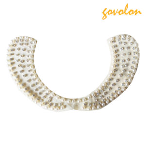 The Elegant Women′s Collar with Imitation Diamonds and Pearls pictures & photos