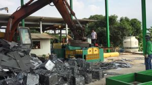 Ubc Hydraulic Automatic Scrap Aluminum Press Machine pictures & photos