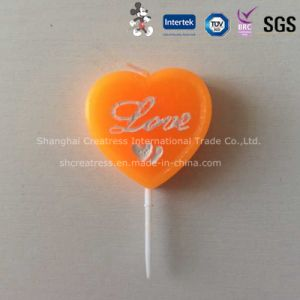 Heart Shaped Wax Candle for Birthday or Valentine′s Day pictures & photos