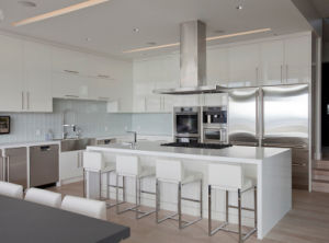 High Gloss Lacquer Kitchen Cabinet pictures & photos