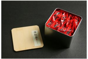 Square Airtight Tea Tin Cans with Bamboo Cover pictures & photos