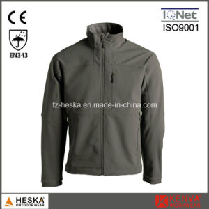 Zipper Closure Outdoor Softshell Jacket pictures & photos