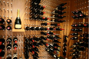 Wine Cellar Bar Home Wooden Wine Pegs Wine Racks Kit pictures & photos