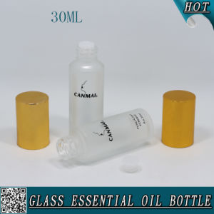30ml Frosted Glass Essential Oil Bottle with Glod Cap and Plug pictures & photos