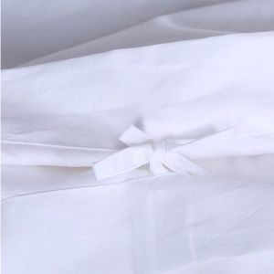 100% Cotton Satin White Hotel/Home Bedding Set with Embroidery pictures & photos