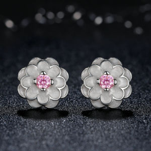 Fancy Flower Design Sterling Silver Stud Earring pictures & photos