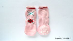 Quality Cheap Knitting Anti-Skid Dog Socks Long Pet Socks pictures & photos