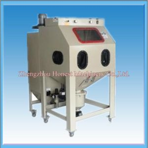 China Manufacture Electric Sandblasting Machine pictures & photos