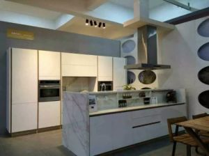 Hotel Kitchen Cabinets pictures & photos