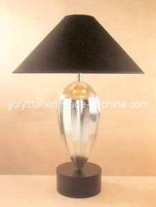 Luxury Crystal Table Lamp for Table Decoration pictures & photos
