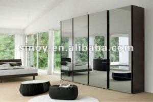 Safety Vinyl Back Mirror Glass for Sliding Mirror Door / Wardrobe pictures & photos