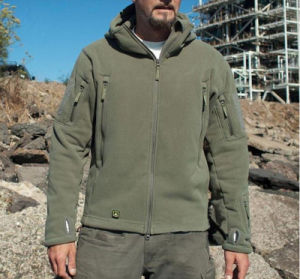 Wholesale Shakeskin Soft Outdoor Warm Fleece Cold-Proof Water Proof Men′s Jacket pictures & photos