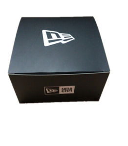 Black Paper Packing Box with Self Closing Structure