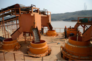 5.5 FT Cone Crusher, Symons Cone Crusher, Cone Crusher for Sale pictures & photos